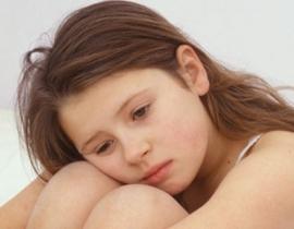 Bối rối khi con gái tuổi teen lười học mê làm đỏm