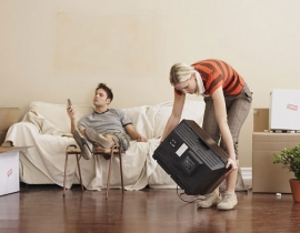 Kiệt sức với việc nhà vì chồng không giúp gì