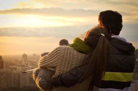 Làm sao quên được người tình khi không yêu chồng?